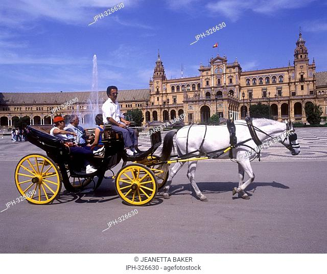 Seville - Horse and Carriage rides in Plaza del Espana