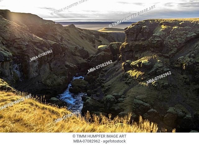 Europe, Northern Europe, Iceland, Skógar, Highlands, view from the Fimmvörduhals hiking trail to the south coast of Iceland