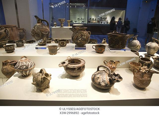 Luxury kamares vessels from the Palace of Festos dated 1800-1650 BC, Archaeological Museum of Heraklion, Iraklio, island of Crete, Greece, Europe