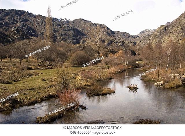 Paisaje en el parque natural del lago de Sanabria y alrrededores  Landscape in Sanabria lake nature park  Ribadelago, Sanabria, Zamora, España