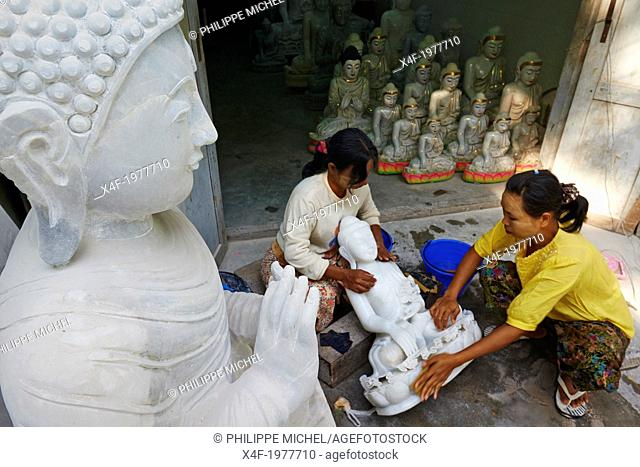 Myanmar (Burma), Mandalay, Marble carving work