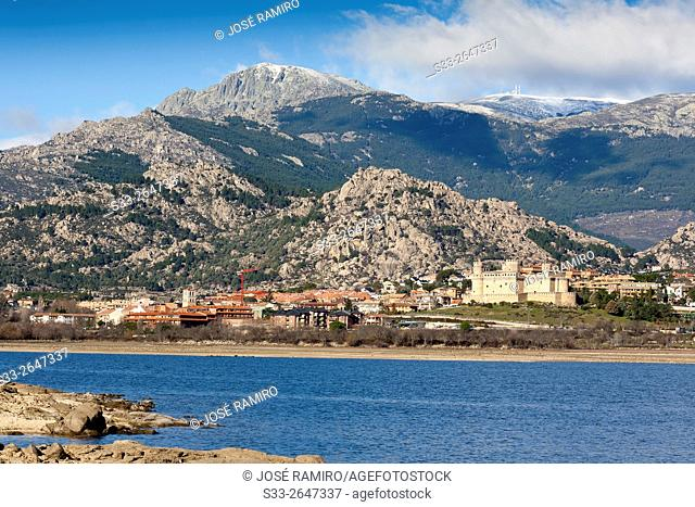 Santillana reservoir, Sierra de Guadarrama and Manzanares el Real. Madrid. Spain. Europe