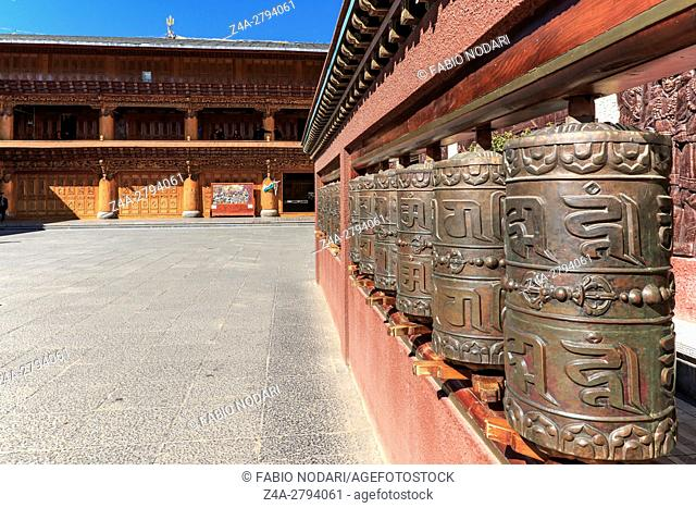 Lijiang, China: Prayer wheels in a tibetan temple of ShuHe Old Town, a Unesco World Eritage Site not far from Lijiang Old Town
