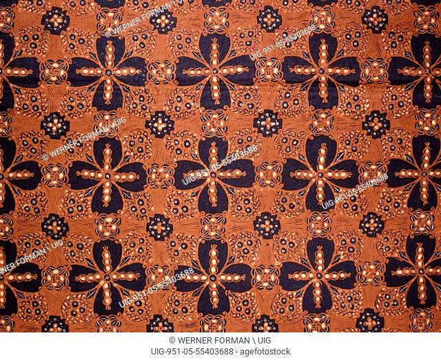 Detail of a batik kain panjang, a cloth worn about the hips, with a design known as ganggong rante, chain of water plants
