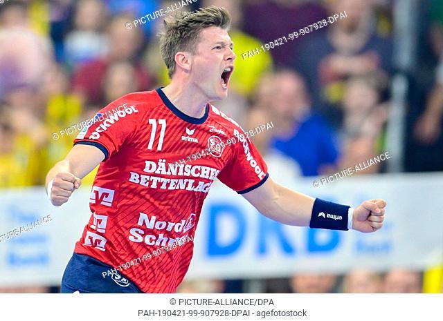 21 April 2019, Baden-Wuerttemberg, Mannheim: Handball: Bundesliga, Rhein-Neckar Löwen - SG Flensburg-Handewitt, 22nd matchday, in the SAP Arena