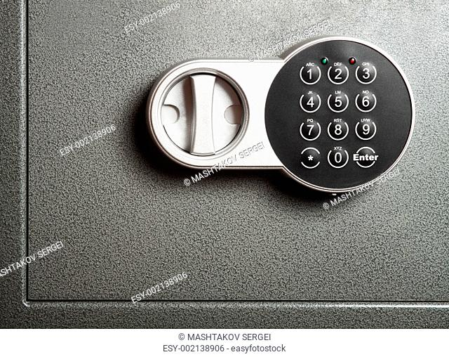 Electronic combinational lock