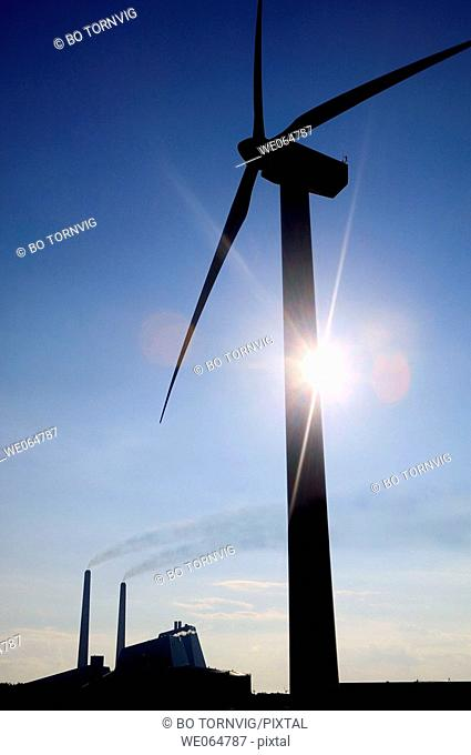 Wind power: windmill and power plant