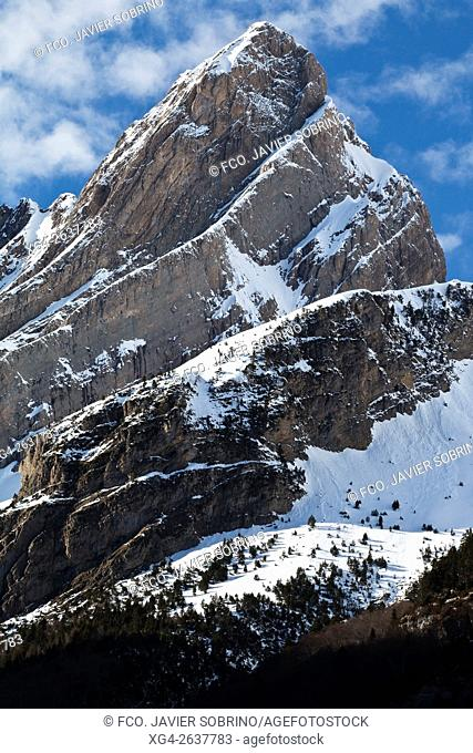 """Valle de Pineta â. """" Parque Nacional de Ordesa y Monte Perdido - Huesca â. """" Pirineos â. """" Sobrarbe â. """" Aragón â. """" España - Europa"""