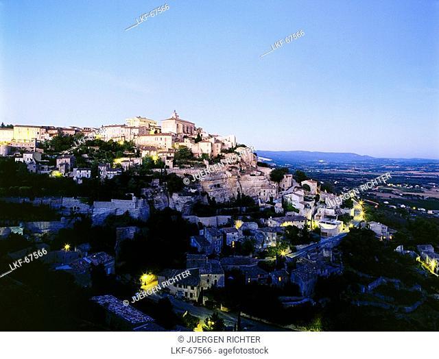 Gordes, village near Apt, Luberon Valley, Vaucluse, Provence, France, Europe