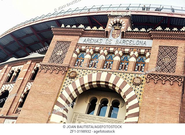 Facade old building bullring les arenes,after reformed by Richard Rogers is shopping center,centre comercial arenas in square,plaza espana,Barcelona