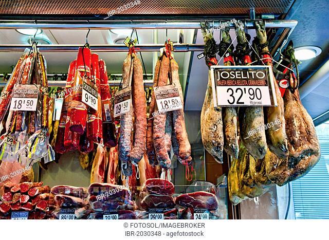 Ham on sale, Mercat de la Boqueria, market hall, La Rambla, Barcelona, Catalonia, Spain, Europe