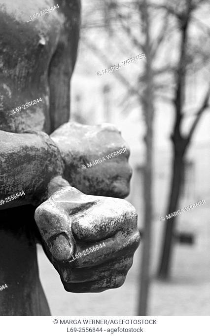 Gedenkstätte Deutscher Widerstand, Memorial to the German Resistance, young man with his hands bound by Richard Scheibe 1953, Bendlerblock, Berlin, Germany