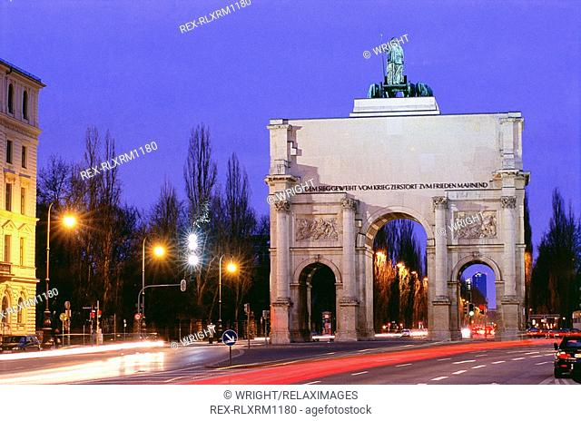 Victory Gate at night in Munich, Bavaria, Germany