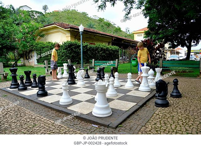 giant chess board, Imigrantes Square, 2018, center, City, Poços de Caldas, Minas Gerais, Brazil