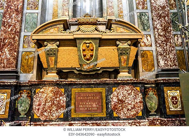 Cosmo Medici Marble Tomb San Lorenzo Medici Church Florence Tuscany Italy. Family Church Medici Family