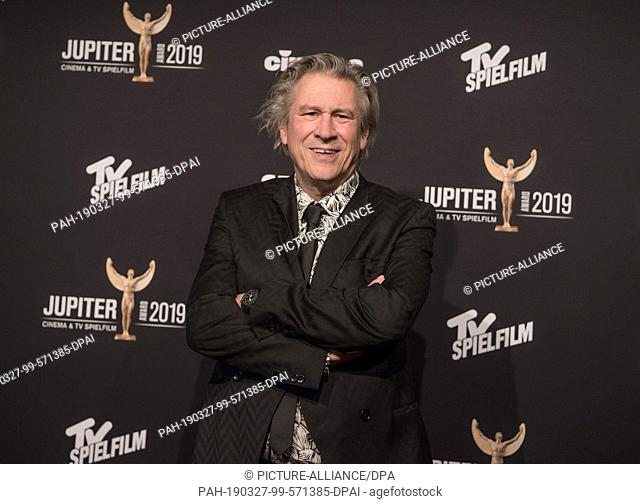 27 March 2019, Berlin: Actor Michael Kind comes to the 40th Jupiter Award ceremony. The Audience Prize for Cinema and TV is awarded annually by the magazines...
