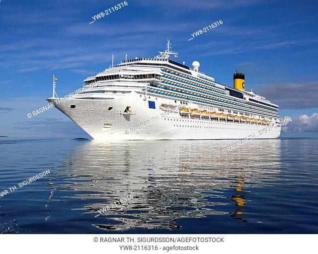 Large Cruise Ship, Reykjavik, Iceland