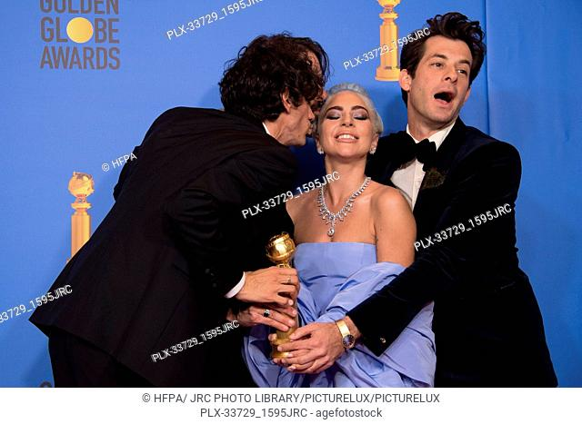 """After winning the category of BEST ORIGINAL SONG – MOTION PICTURE for """"""""Shallow"""""""" from """"A Star Is Born"""", Anthony Rossomando, Andrew Wyatt, Lady Gaga"""