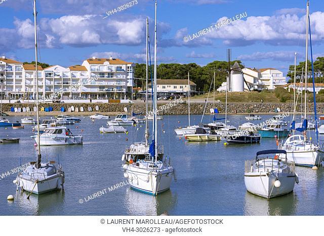 Jard-sur-Mer Harbor, Sables-d'Olonne District, Vendée Department, Pays de la Loire Region, France, Europe