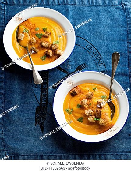 Cream of pumpkin soup with croutons