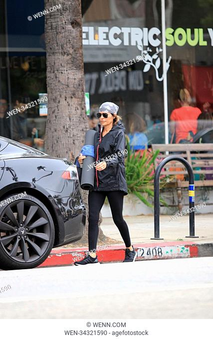 Lisa Rinna leaving yoga in Studio City, United States Featuring: Lisa Rinna Where: Studio City, California, United States When: 30 May 2018 Credit: WENN