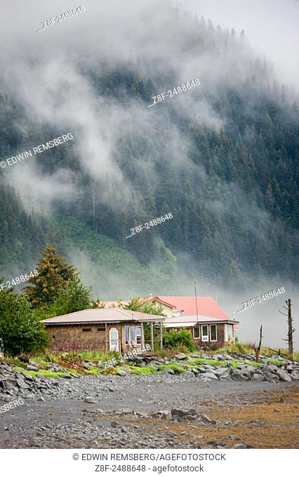 Cottage home at the base of a mountain in Seward, Alaska