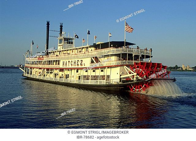Historic paddlewheeler on the Mississippi River, New Orleans, Louisiana, USA