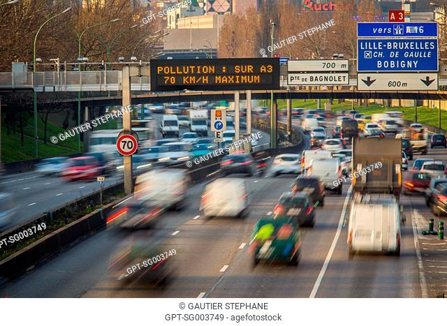 ALTERNATE DAY DRIVING, POLLUTION ALERT IN PARIS, (75) PARIS, ILE-DE-FRANCE, FRANCE