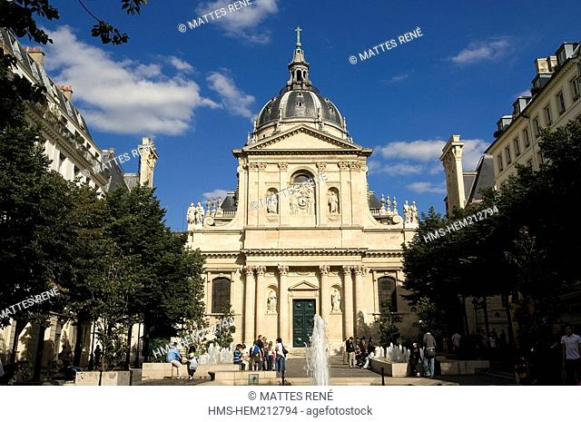 France, Paris, Quartier Latin, Place de la Sorbonne with the Sorbonne Chapel