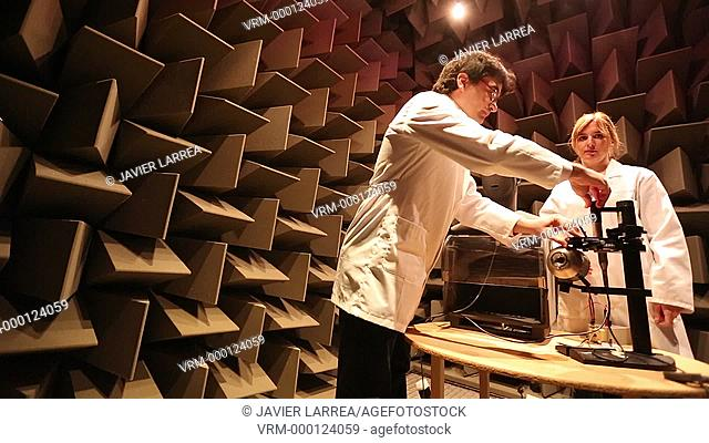 Acoustic chamber. EMC & Telecom Lab. Certification of Low Voltage Electrical & Electronic Products. Technological Services to Industry