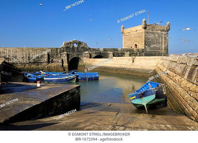 Portuguese fortress in the historic town of Essaouira, Mogador, Unesco World Heritage Site, Morocco, North Africa