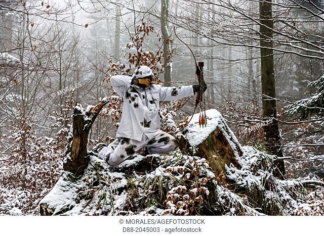 France, Alsace, Bas Rhin, Hunting Bow Archery in winter in winter dress