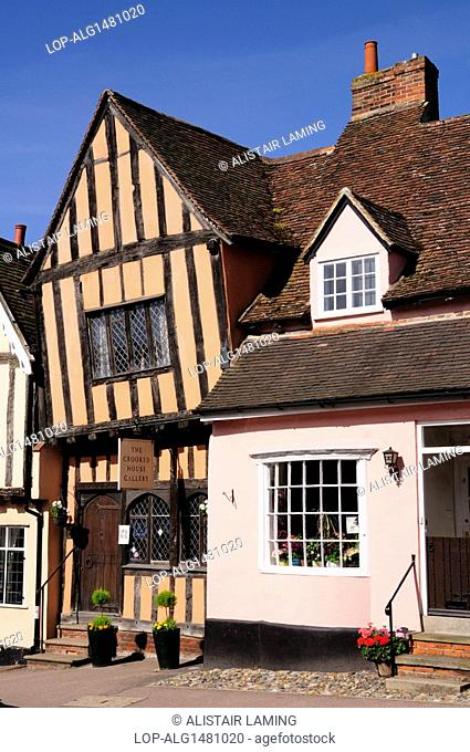 England, Suffolk, Lavenham. The Crooked House Gallery in a medieval building built around 1395 by a wealthy cloth merchant