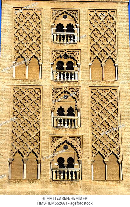 Spain, Andalusia, Seville, la Giralda Tower, former Almohad minaret of the Great Mosque converted into Cathedral steeple, listed as World Heritage by UNESCO