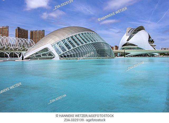 Planetarium and Palau de les Artes, Ciudad de las artes y las ciencias, City of Arts and Science, Valencia, Spain, Europe