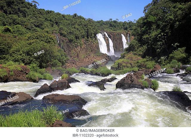 Rio Iguaçu river in Iguaçu National Park, UNESCO World Heritage Site, Brazil, South America