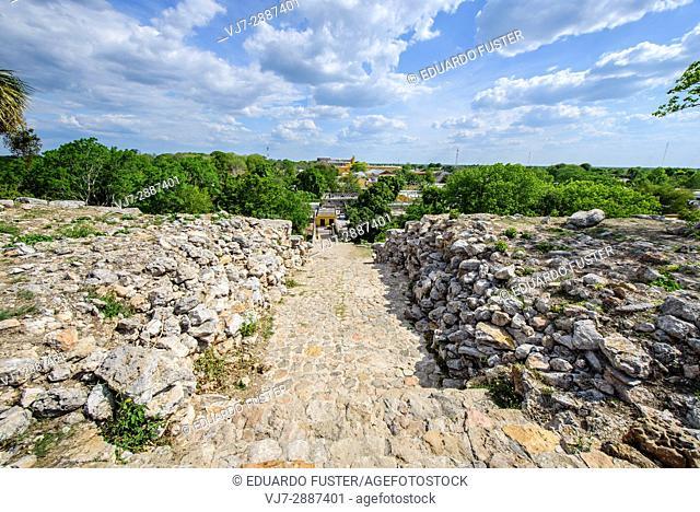 Mayan pyramid in Izamal, Yucatan, Mexico