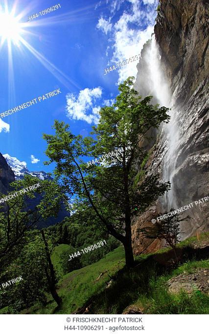 Alps, creek, brook, tree, mountain, mountains, canton Bern, Bernese Oberland, trees, rocks, cliffs, cliff wall, spring, mountains, sky, Lauterbrunnen, valley