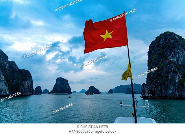 Asia, Asien, Southeast Asia, Vietnam, Quang Ninh Province, Ha Long Bay