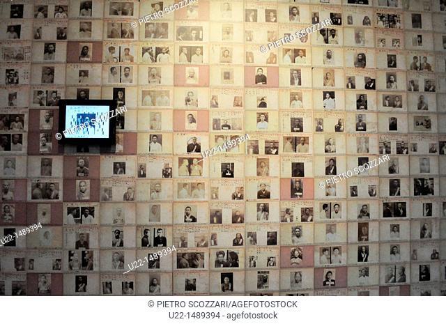 Seoul (South Korea): photos of the prisoners at the Seodaemun Prison History Hall