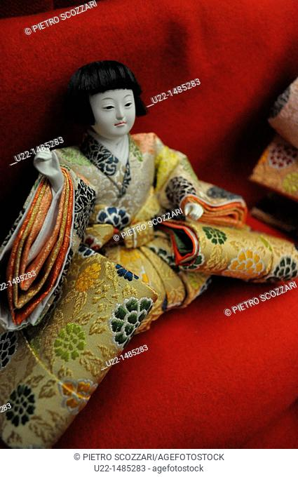 Osaka (Japan): doll for the Hina-matsuri (Girl's Day, March 3rd) Festival, sold in a specialized shop of Matsuyamachi-Suji Avenue