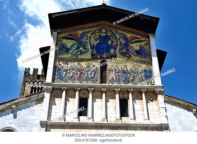 Monumental golden mosaic on the facade. The Basilica of San Frediano is a Romanesque church, situated on the Piazza San Frediano