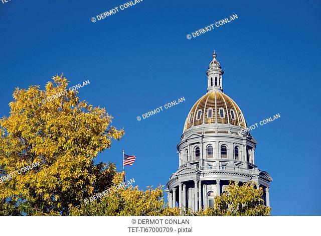 USA, Colorado, Denver, State Capitol dome in autumn