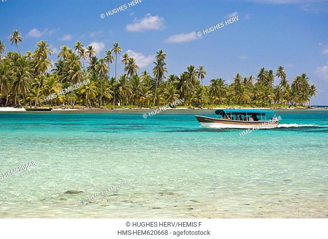 Panama, San Blas archipelago, Kuna Yala autonomous territory, Achutupu island Los Perros, one of 378 islands