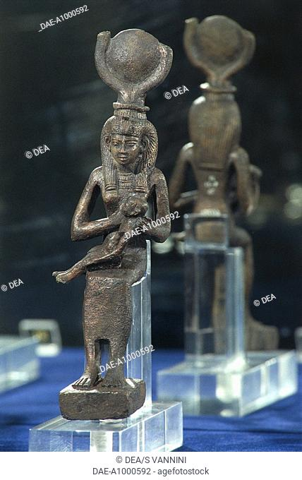 Statuette isis horus Stock Photos and Images | age fotostock