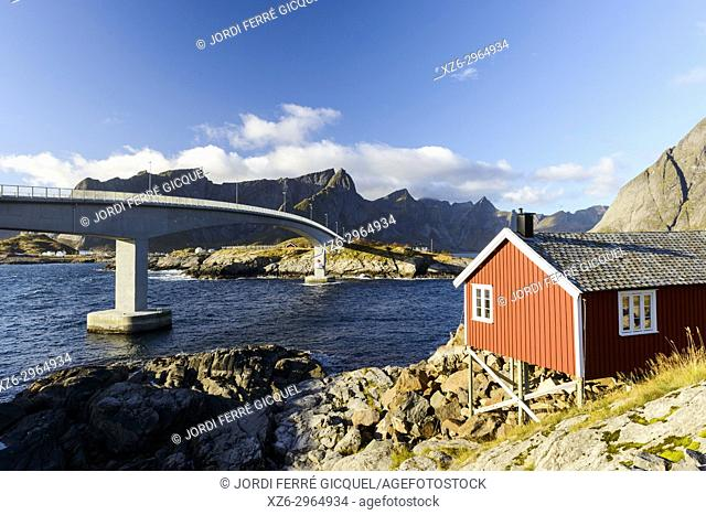 Fishing village of Hamnøya - Reine, Moskenesøya island, Lofoten archipelago, county of Nordland, Norway, Europe