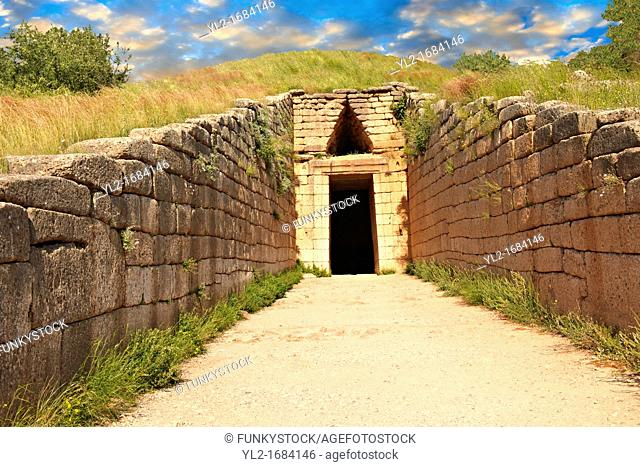 Entrance to the Treasury of Atreus is an impressive 'tholos' beehive shaped tomb on the Panagitsa Hill at Mycenae  The entrance has the typical square 2 upright...