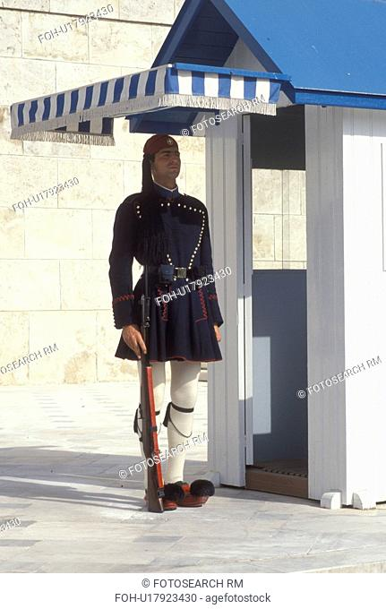 Parliament, Athens, Greece, Europe, Guard of Honor (evzones) standing at his post at the House of the Greek Parliament at Plateia Syntagmatos (Constitution...