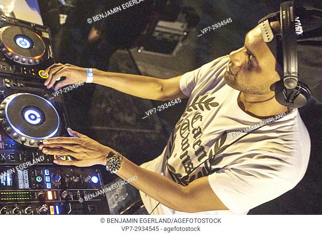 DJ Artistic Raw playing at Starbeach Beach Party on 04. September 2017