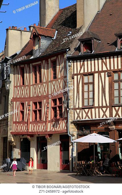 France, Bourgogne, Dijon, half-timbered houses